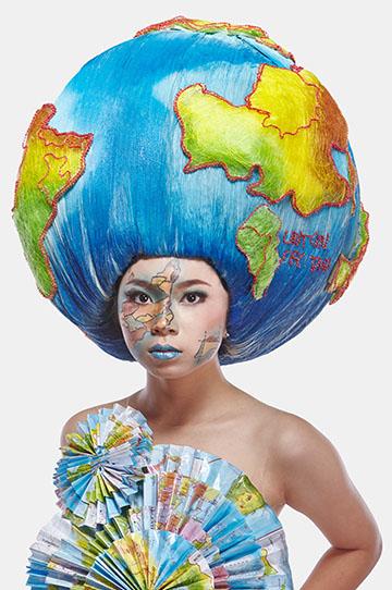 Globe by Flaurensia