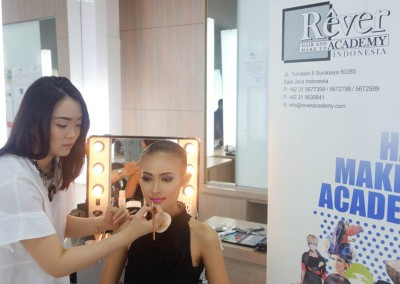 Demo & Workshop Create Flawless Edged by Riva Tamara - 18 Maret 2015 (11)